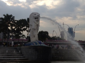 The Merlion, a popular tourist attraction in the bay.