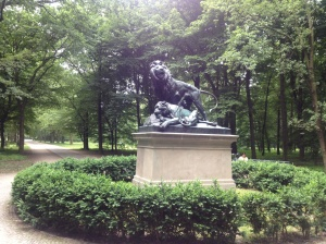 Lion statue in the Tiergarten.