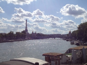 A gorgeous day over the river Seine.
