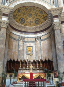 Alter inside the Pantheon.
