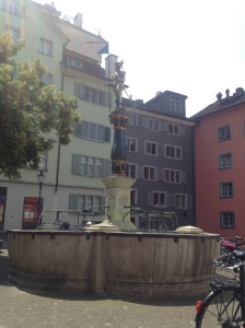 Gedenkbrunnen für Bürgermeister Stüssi, or Stüssi's Fountain, which I accidentally stumbled across in my roaming.