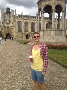 Hungover strolls though the Kings College courtyard.