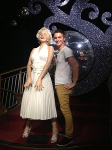 Being glamorous with Marilyn.