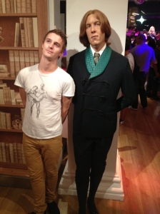 Contemplating the world with Oscar Wilde.